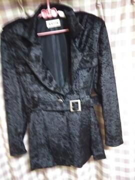 ★A'RSIX オシャレデザイン ジャケット ブラック サイズ9号 ベルト&ボタン 気品●