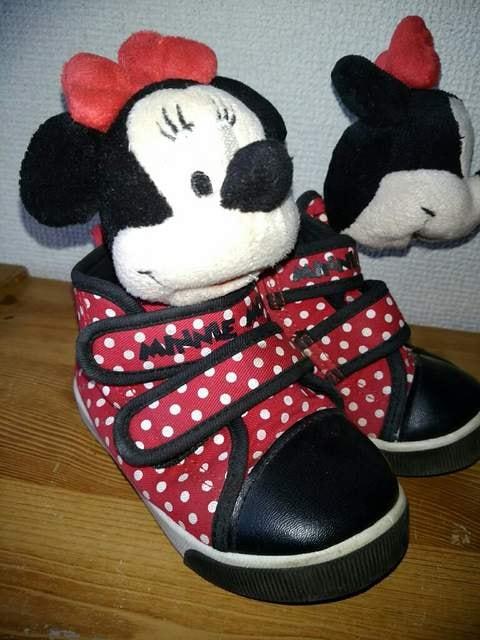 ミニーちゃん15�p靴 < キッズ/ベビーの