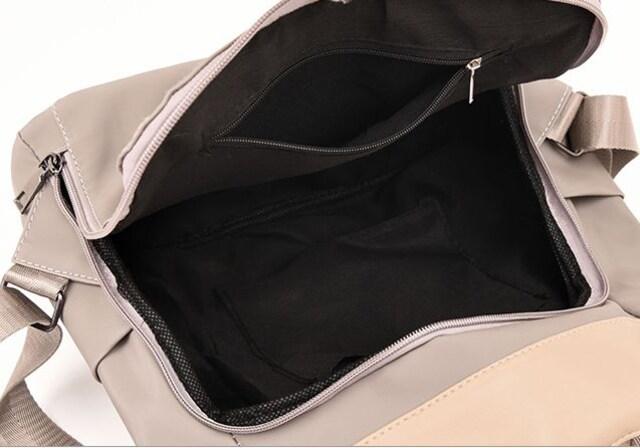 新品ナイロン&レザー2Wayリュックサック&ショルダーバッグ黒ブラックチャーム付レディース