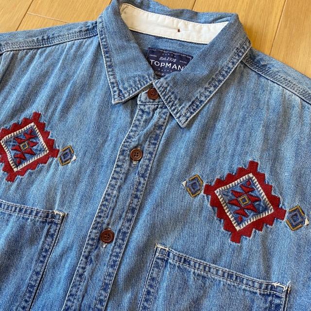 新品 TOPMAN デニムシャツ シャツ ネイティブ ノルディック < 男性ファッションの