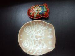 手作り陶器ハンドメイドお皿.昭和レトロなブリキのオトトお魚柄