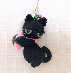 送料無料◆あみぐるみ◇やさぐれ黒猫の桜餅*ストラップ