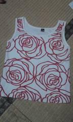薔薇のデザイン 綿のカジュアルキャミ 状態良好です