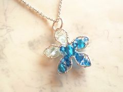 Pave*青い花のペンダント*silver