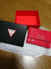 新品未使用☆箱あり☆GUESS☆二つ折り財布☆