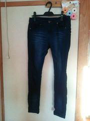 W67 伸縮性ありジーンズ