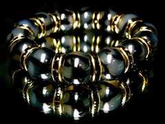 アウトロースタイル!!黒龍紋石ドラゴンアゲート14ミリ数珠ブレスレット