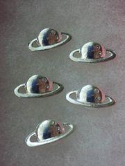 土星型 デコパーツ 5個 シルバー レジン ハンドメイド ko01