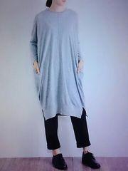●08Mab●裾スリット ニットワンピース 新品グレー