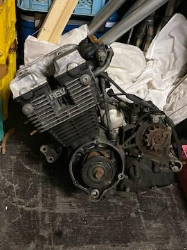 CBR400F 1型エンジン。CBX