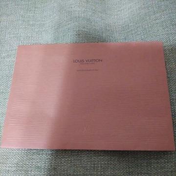 VUITTONの封筒