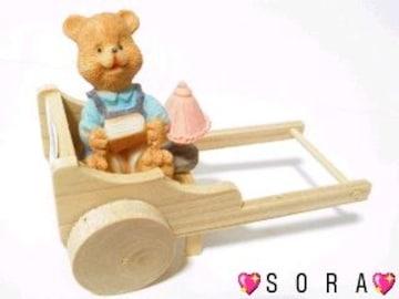 可愛い木製&樹脂製♪カントリーくまさん《コロコロと動く荷車》�T