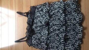 新品タグ★でかリボン付き3段フリルのキャミソール★M