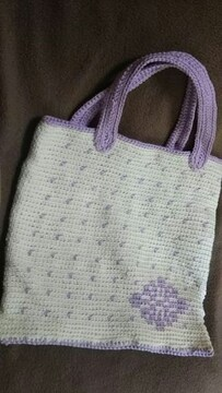 手編みの手提げバック、菊