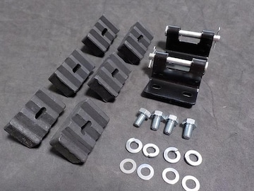Z250FT シート取り付け金具&クッションゴム 新品 KH250