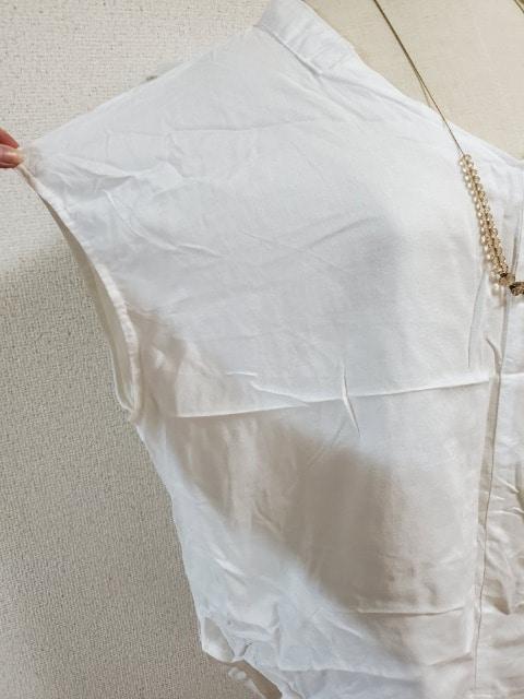 新品大きいサイズ3Lブラウス★レーヨン、麻混ホワイト < 女性ファッションの