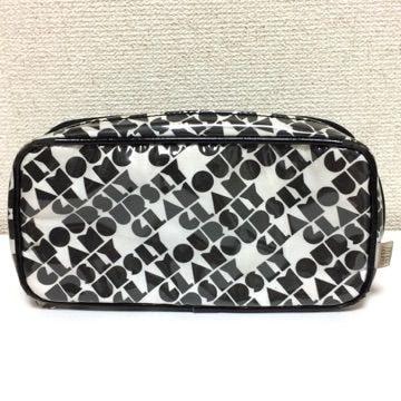 定価5040円 SLY スライ ロゴ柄 化粧ポーチ 黒 白