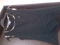バーバリーブルーレーベル★チェックフリル黒タンク★ホース刺繍★1度のみ美品