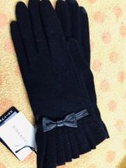 ニナリッチニット手袋黒リボンフリル
