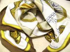 世界最高峰ブランドHERMESエルメスの一番人気ホース馬絵シルク100%スカーフ美品