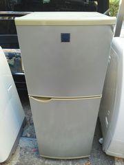 送料無料 シャープ 140リットル 霜取り不要 冷蔵庫