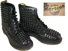 ドクターマーチン新品ブーツ 黒14733001鋲スタッズ ハードuk5