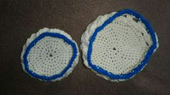 手編みの小物入れ2個