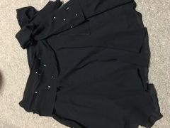 即決クイーンズコート黒ヒラヒラスカートサイズ1美品