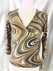 〓オシャレ(^O^)〓七分袖カットソー〓S〓横裾が上げられる〓
