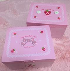 マザーガーデン*木製いちご柄小物入れセット*苺 リボン ピンク