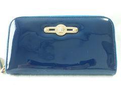 モバオクで買える「7968/ヴェルサーチ★定価6万円位ラウンドファスナー長財布ブルーカラー格安」の画像です。価格は1円になります。