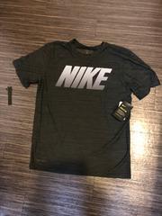 ナイキ  Tシャツ サイズM