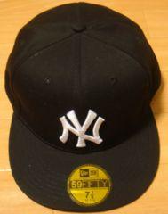 新品☆ニューヨークヤンキース☆黒☆ロゴキャップ☆NY62.5cm
