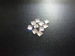 スワロフスキー #2400 3mm クリスタル 10個 正方形 3082