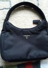 小さいバッグ 黒
