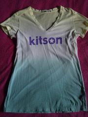 キットソン×S×VネックのTシャツ