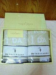 ◆トラサルディ◆フェイスタオル 2枚入り 未使用品