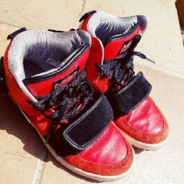 ☆MAD FOOT*OBOI*スニーカー*24cm*マッドフット*オマリオン* < ブランドの