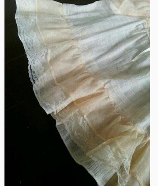 【送料無料/新品】たっぷりフリル袖のチュニック♪レース&リボン☆きなり/M < 女性ファッションの