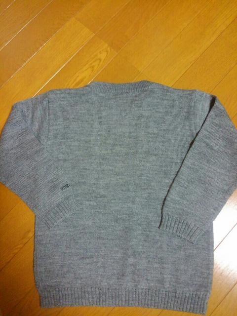 ☆新品同様☆オシュコシュ☆グレーセーター☆130 < ブランドの