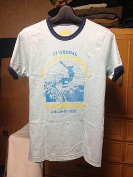 UNIQLO ユニクロ プリント 半袖Tシャツ Sサイズ 水色×紺色 サーファー 海 UT