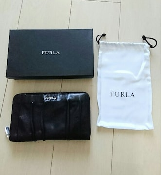 FURLA 大きめ長財布 携帯、通帳入ります。ブラック