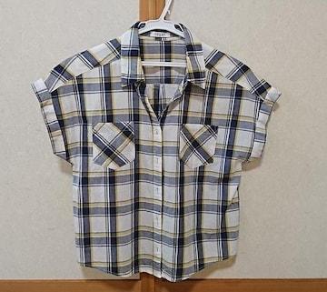 サイズM◎チェック半袖シャツ◎
